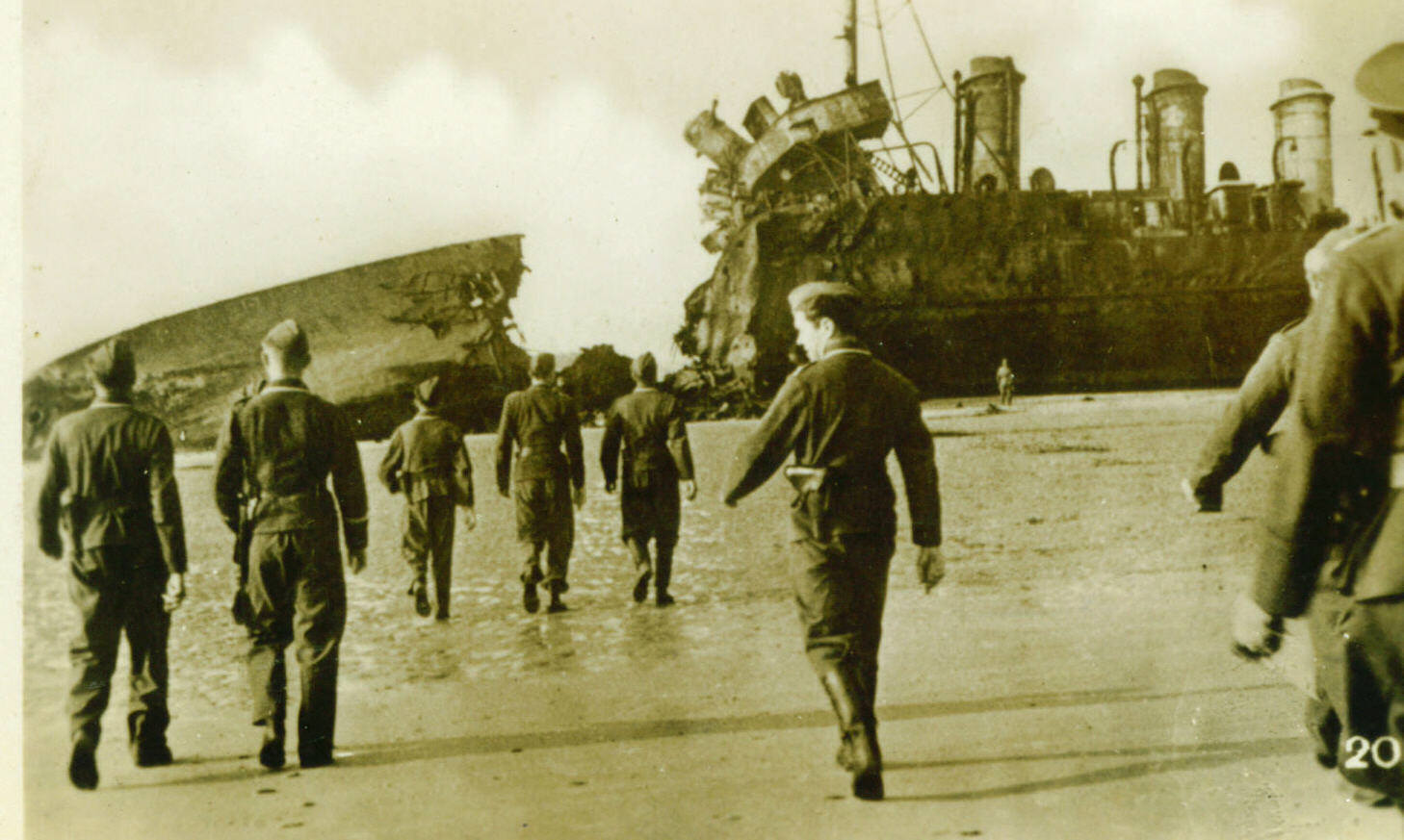 the-german-victors-on-the-beach-showing-of-the-ships-depicted-in-the-new-film