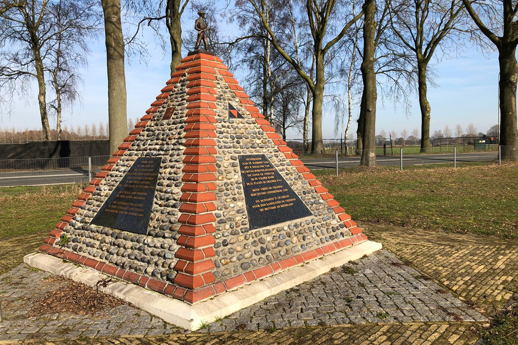 Venray CWGC cemetery visited on the Battlefields Netherlands tour